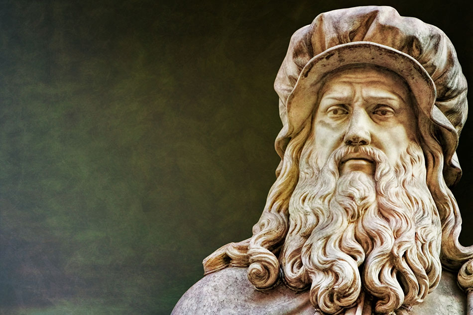 Statue of Leonardo da Vinci marking the history of contact lenses